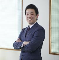 手塚 亜図夢